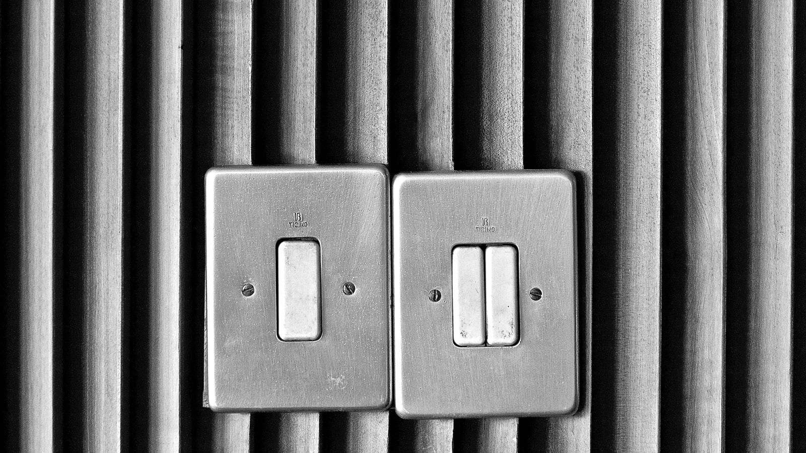 Interrupteurs classique sur un mur